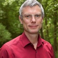 Prof. Dr. Benjamin Nölting